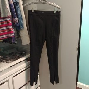 Aritzia Babaton cropped pants size 0 in EUC